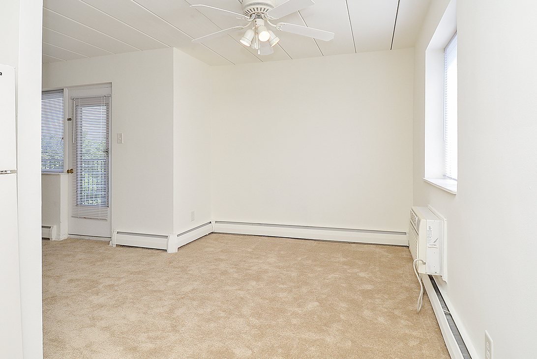 Luxurious Living Room | Apartment Homes in East Norriton, PA | Norriton East Apartments