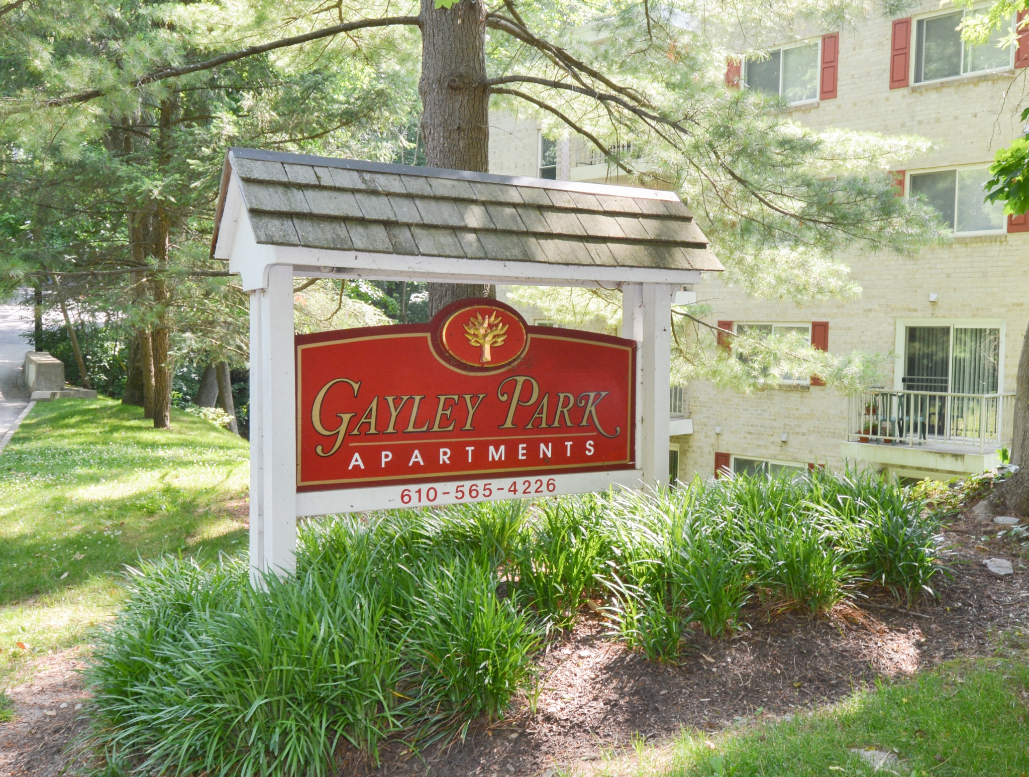 Red Welcome Sign | Apartments near Media, PA