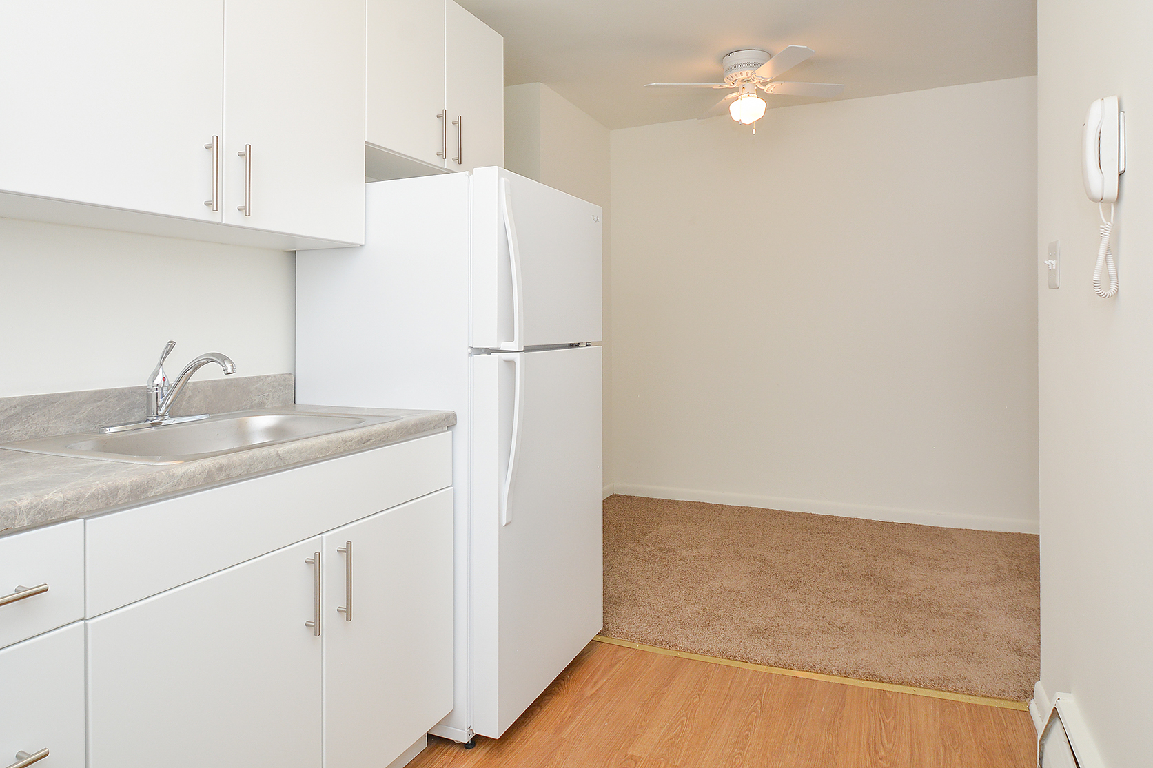 State-of-the-Art Kitchen | Media Apartments | Woodview Apartments