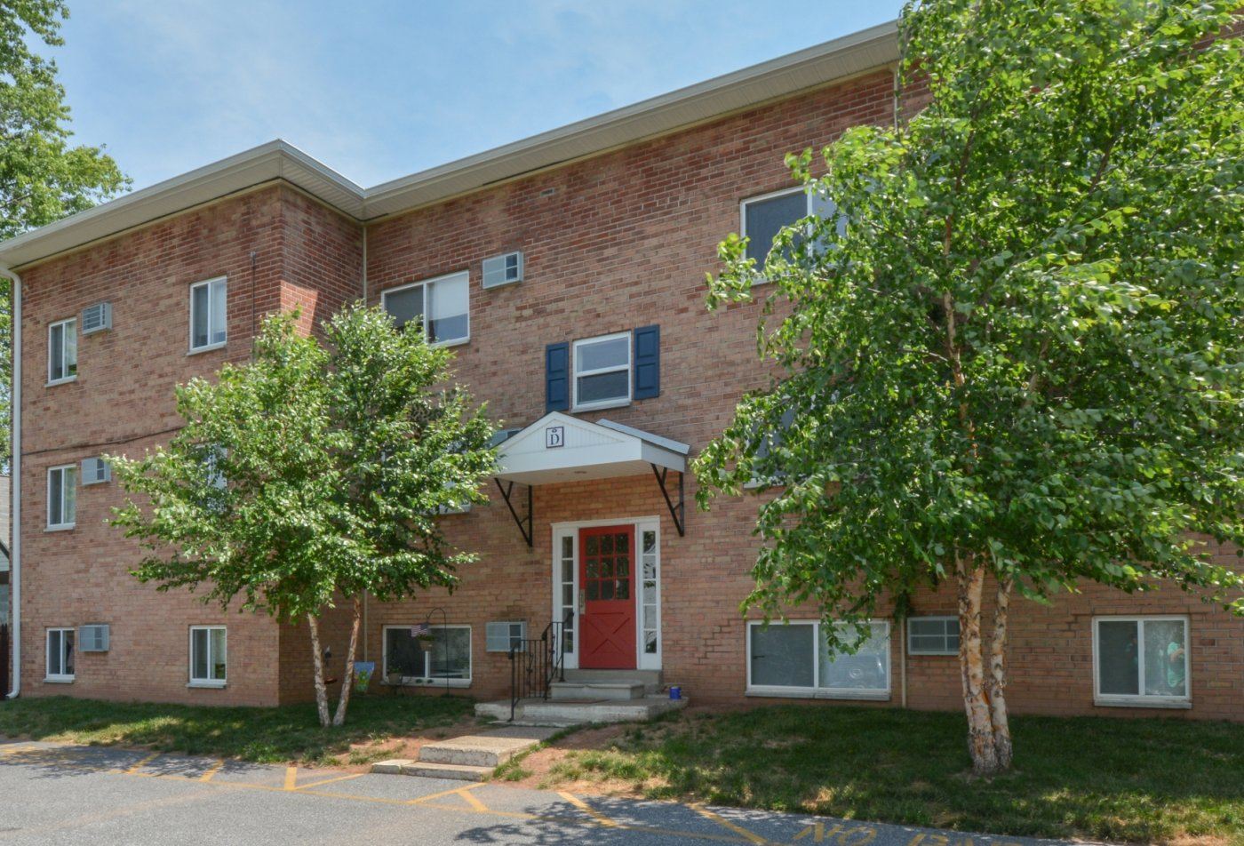 Apartment Homes in Boothwyn, PA | Boothwyn Court Apartments