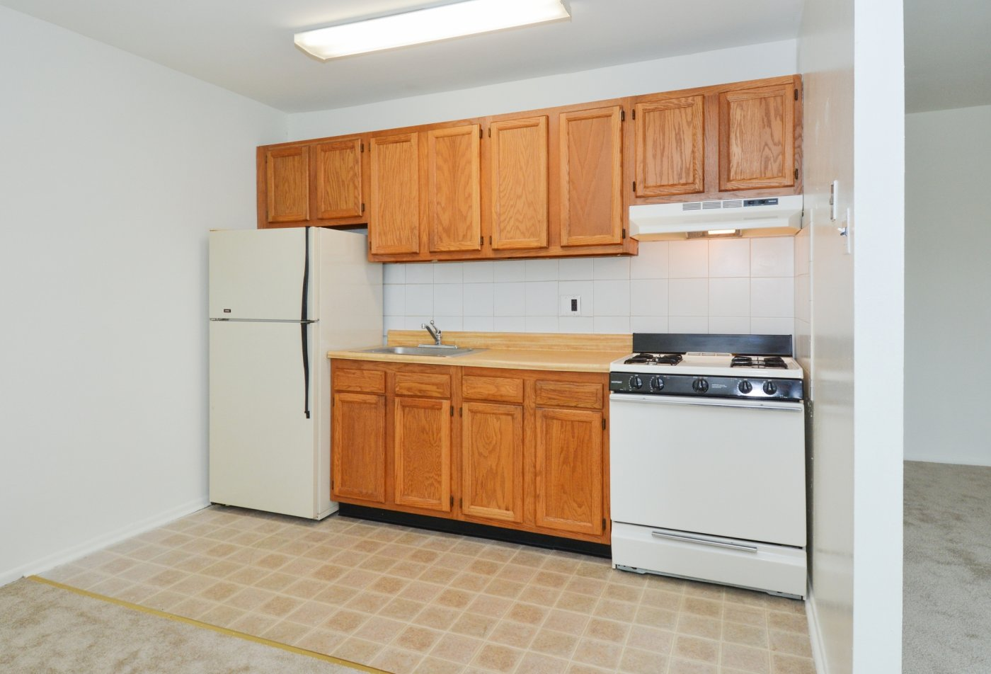 State-of-the-Art Kitchen | Levittown PA Apartment Homes | Country Manor Apartments