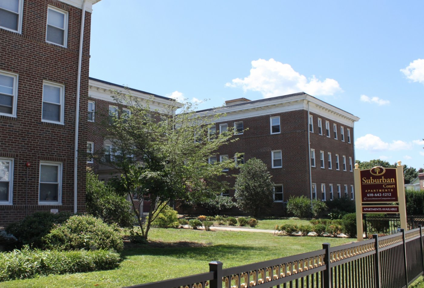 Apartments in Ardmore, PA | Suburban Court Apartments