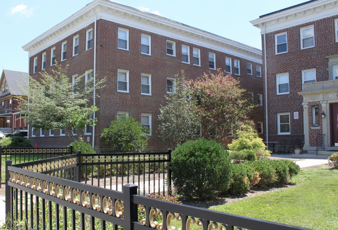 Apartments for rent in Ardmore, PA | Suburban Court Apartments