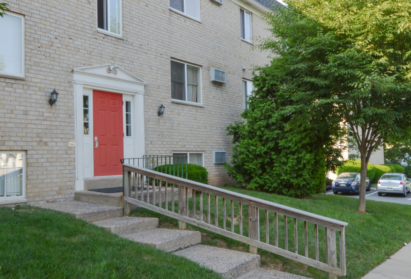 Apartment Homes in Clifton Heights, PA | The Villages of Westbrook Apartments