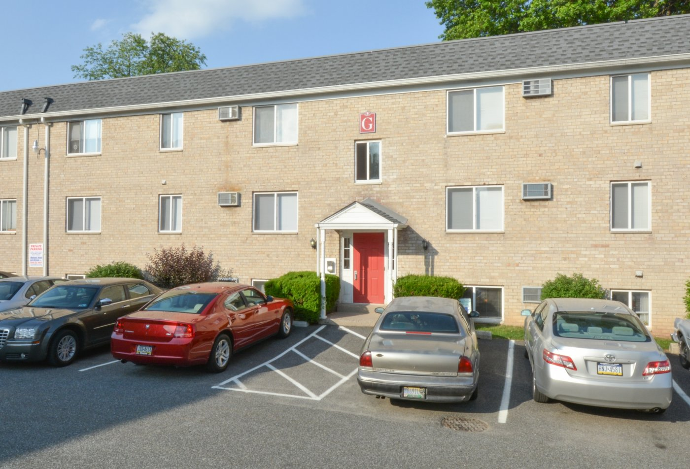 Apartments Clifton Heights, PA | The Villages of Westbrook Apartments