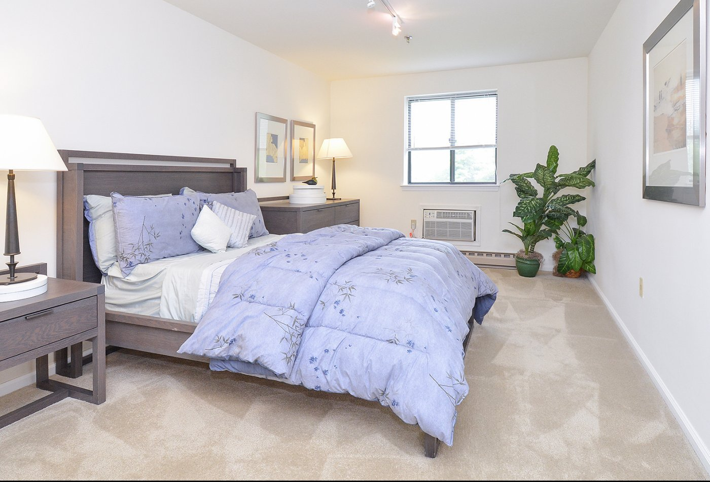 Luxurious Bedroom | Apartments in King of Prussia, PA | Valley Forge Suites