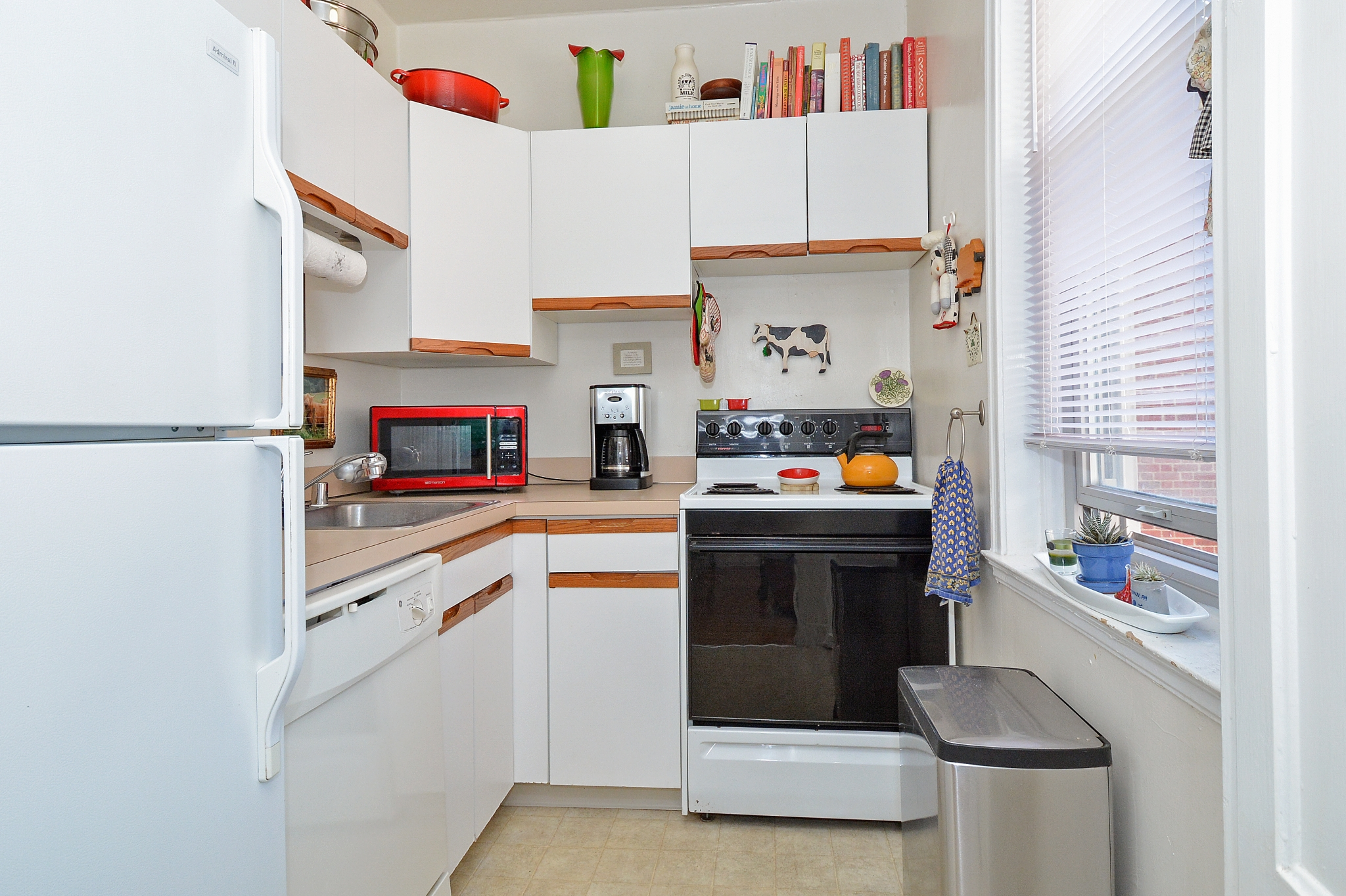 Modern Kitchen | Wilmington DE Apartment For Rent | Gilpin Place Apartments