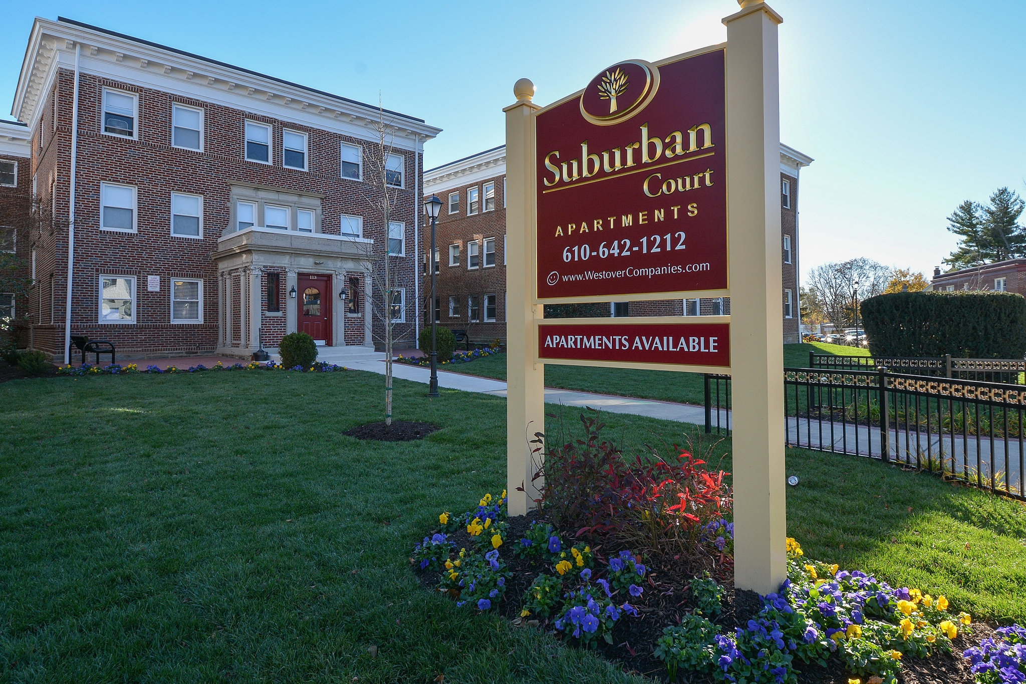 Apartments in Ardmore PA | Suburban Court Apartments | Main Line Apartments for Rent