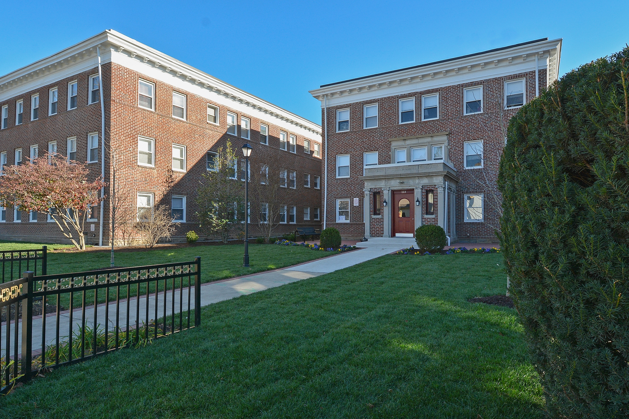 Ardmore PA Apartments For Rent | Suburban Court Apartments