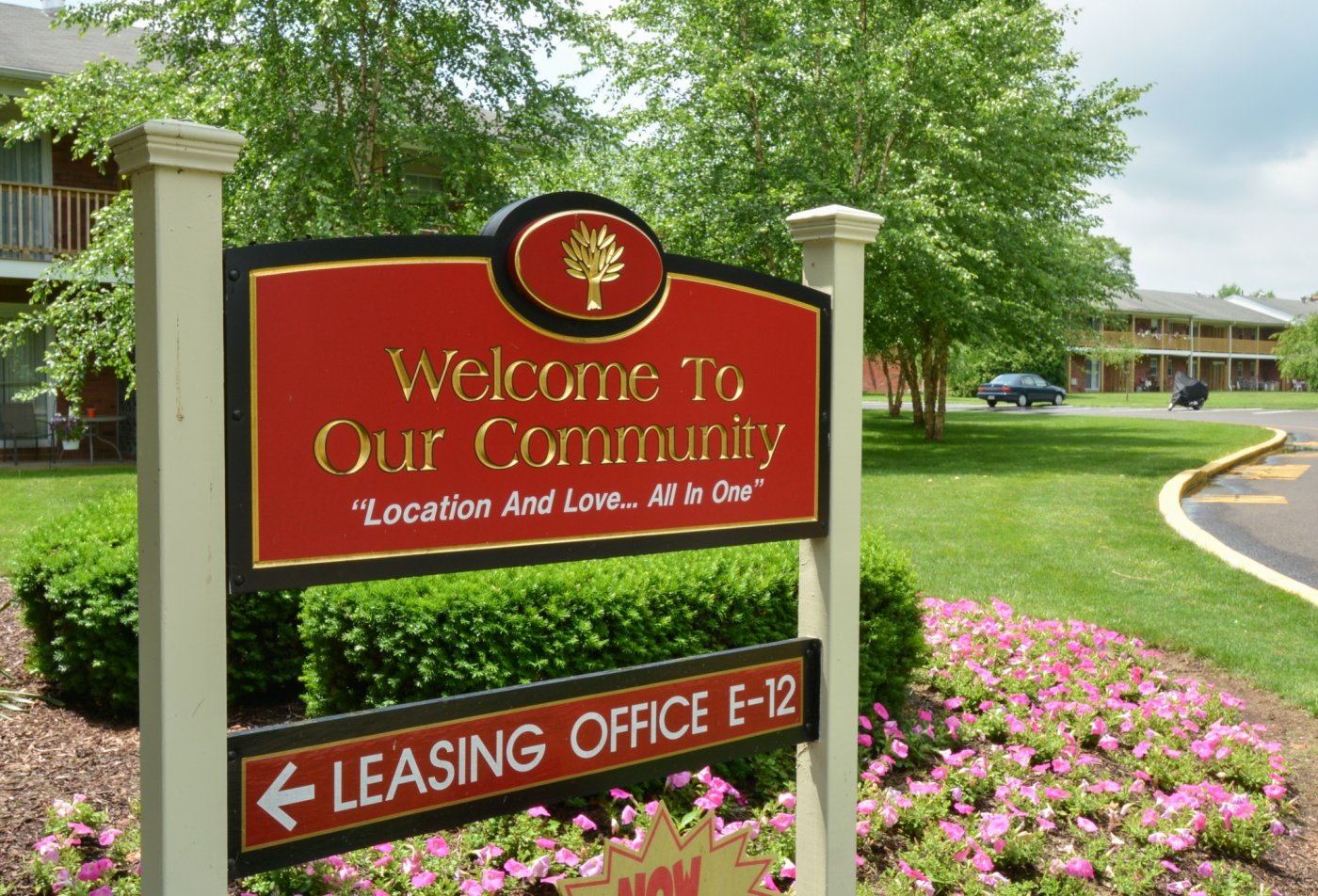 Apartments in Levittown, PA | Country Manor Apartments