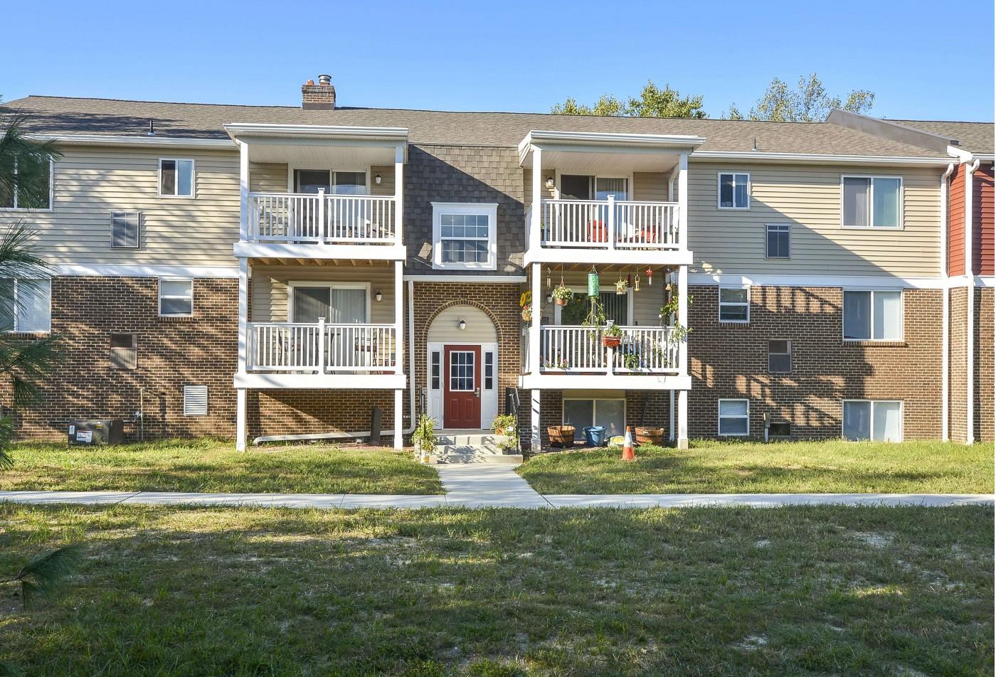 Apartments for rent in Newark, DE | OakTree Apartments
