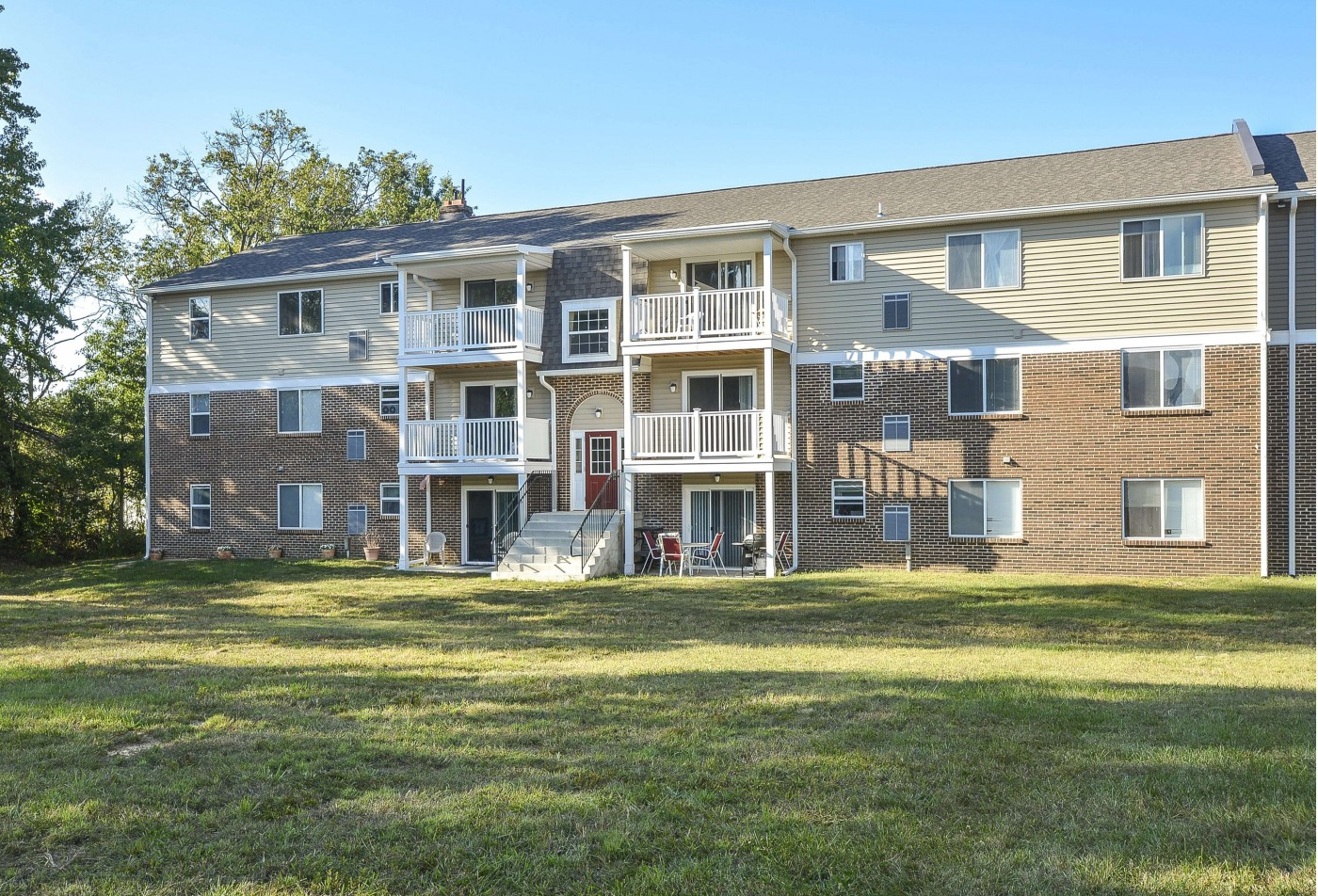 Modern Kitchen | Newark DE Apartment For Rent | OakTree Apartments