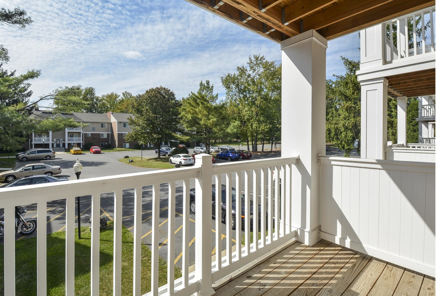 Spacious Apartment Balcony | Newark DE Apartments For Rent | Glen Eagle Village
