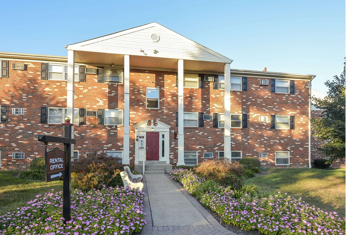 Apartments for rent in Levittown, PA | Newport Village Apartments