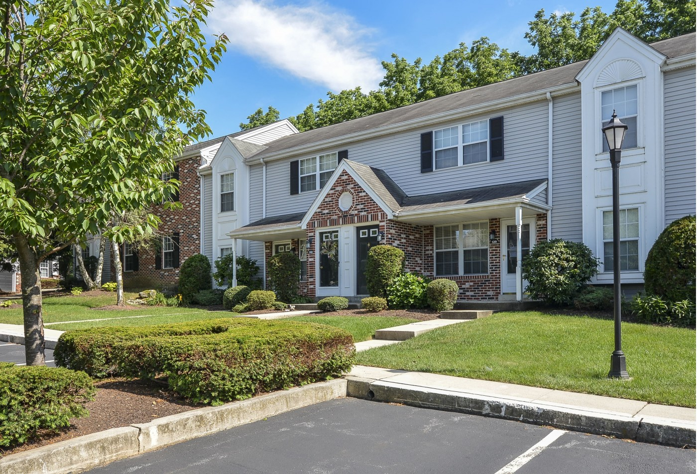 Apartments In Wyomissing PA | Victoria Crossing Apartments