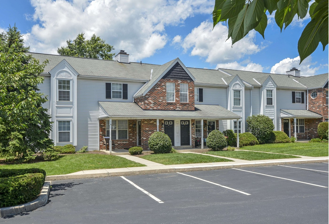 Apartments For Rent In Wyomissing PA | Victoria Crossing Apartments