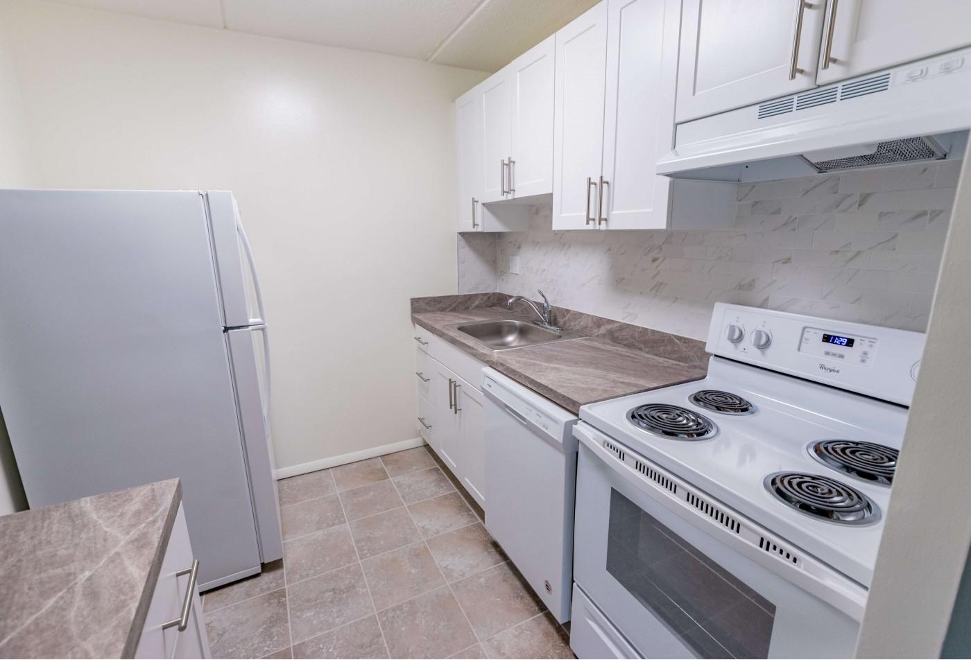 Apartment Homes in Aldan, PA   Lansdowne Towers Apartments