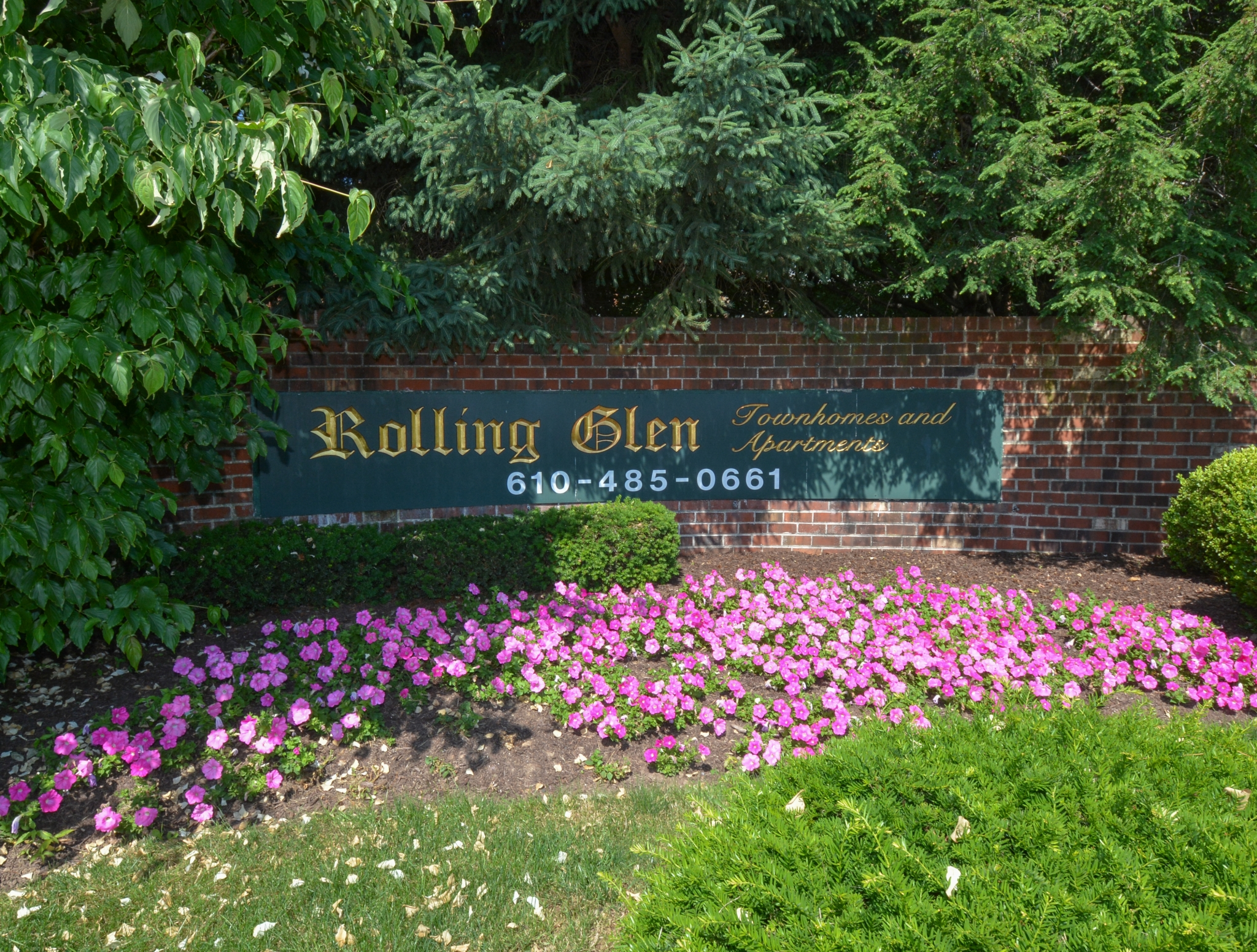 Apartments For Rent In Boothwyn PA | Rolling Glen Townhomes and Apartments