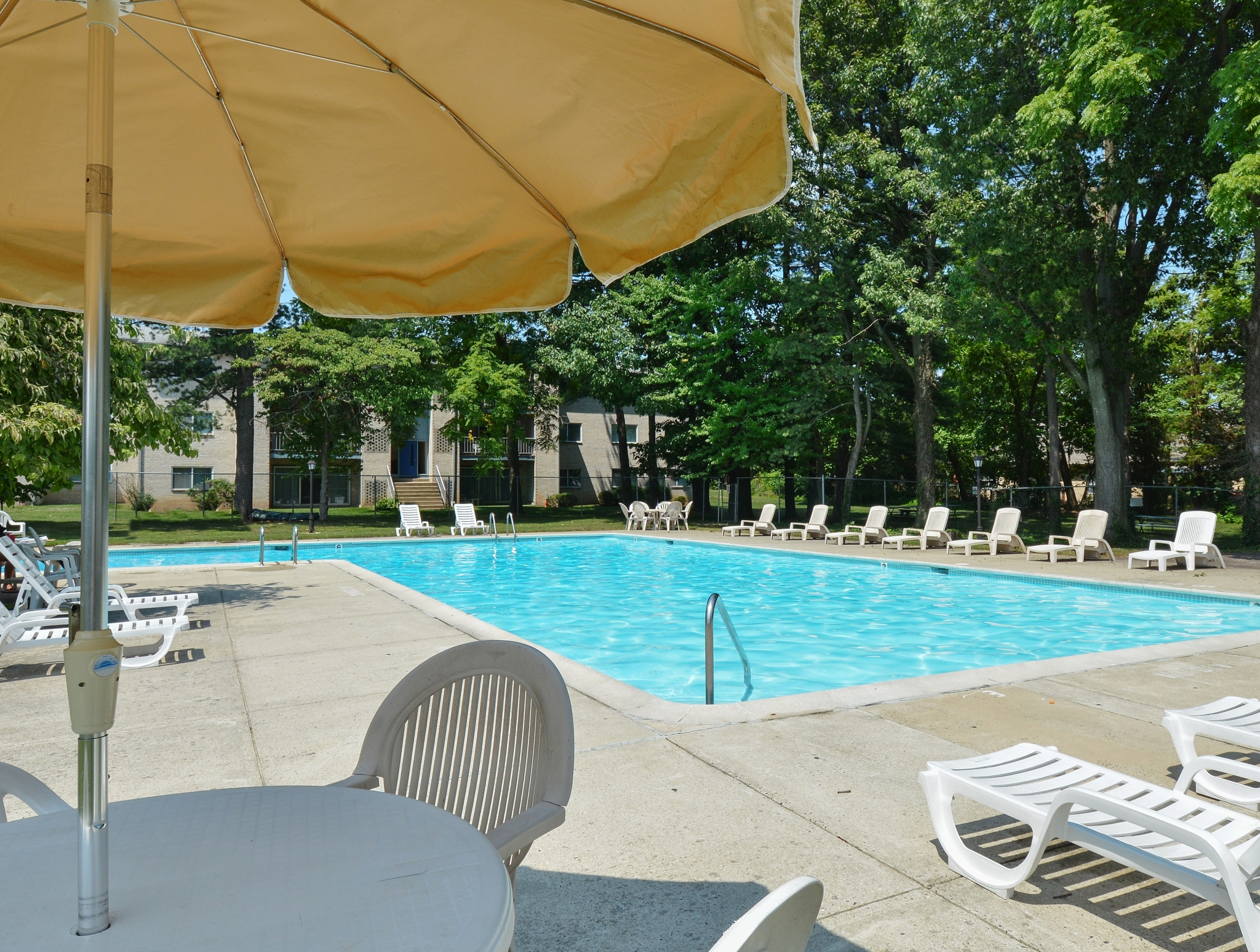 Year Round Swimming Pool | Apartment in Lansdale, PA | Valley Stream Apartments
