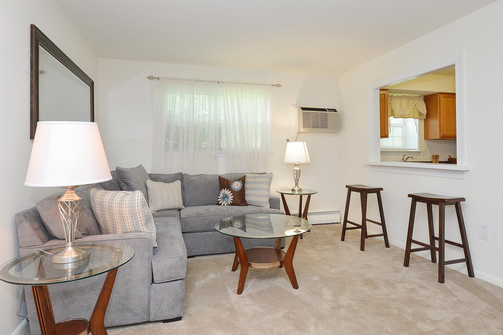 Claymont DE Apartment Homes | Naamans Village Apartments