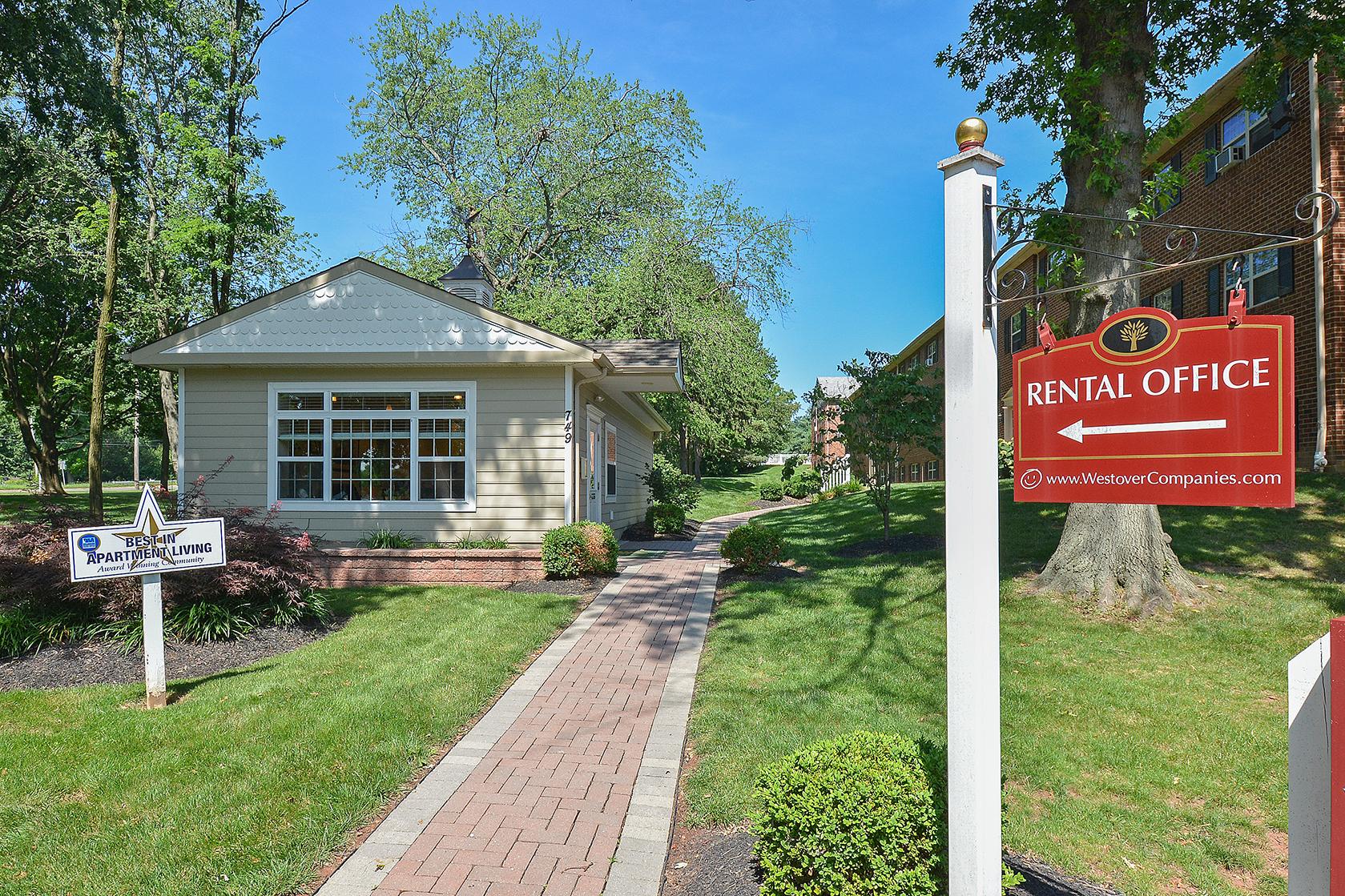 Friendly Office Staff | Claymont DE Apartments For Rent | Naamans Village Apartments