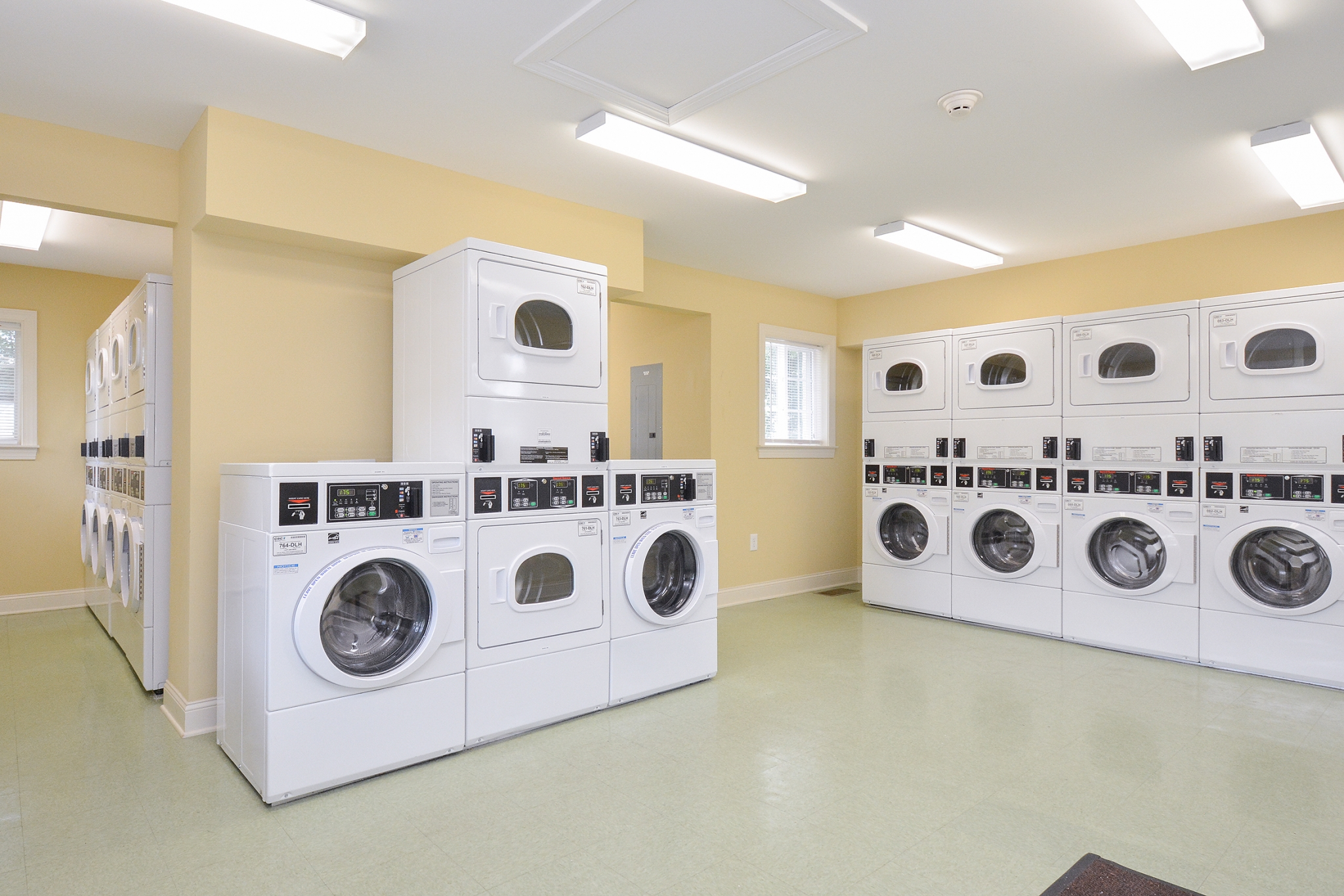 Greenville on 141 Community Laundry | Apartments Near Wilmington DE