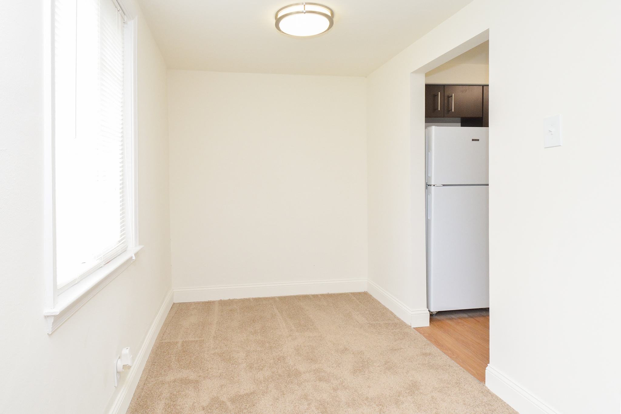 Greenville on 141 Sample Dining Room with Kitchen View | Apartments Near Wilmington DE