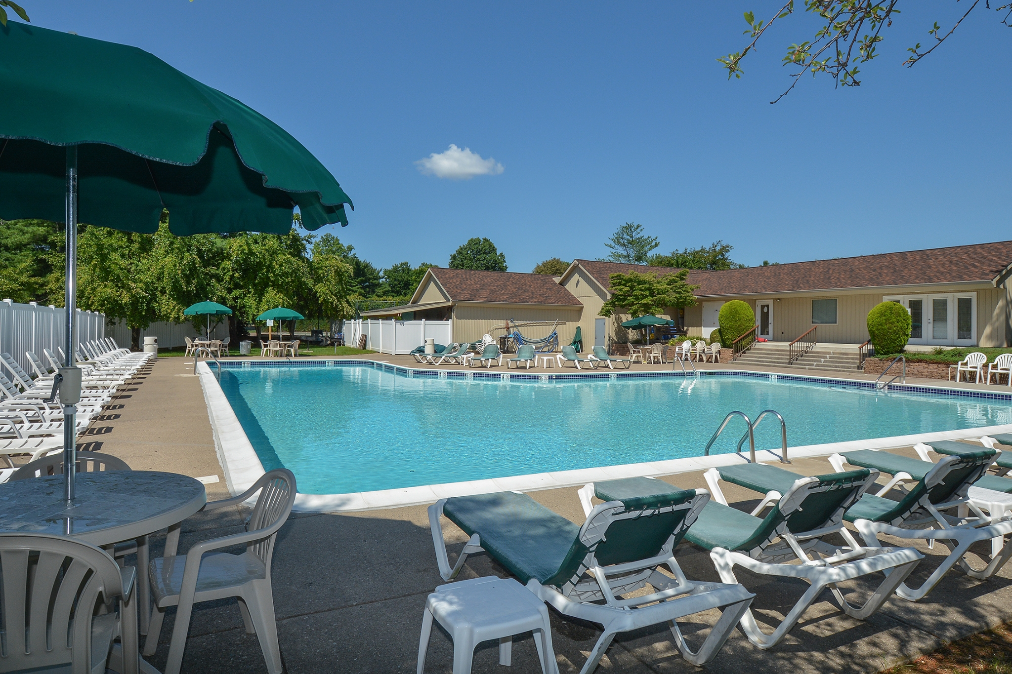 Sparkling Pool | Langhorne PA Apartments | Summit Trace Apartments