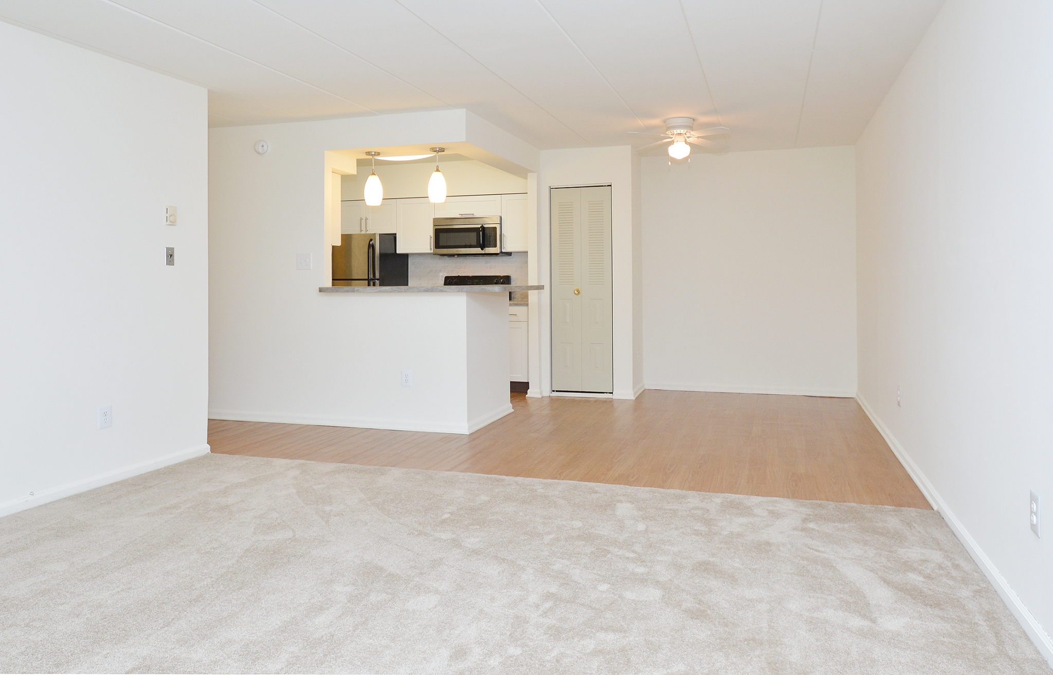 The Lafayette at Valley Forge Sample Dining Room with Hardwood Floors | King of Prussia Apartment Rentals