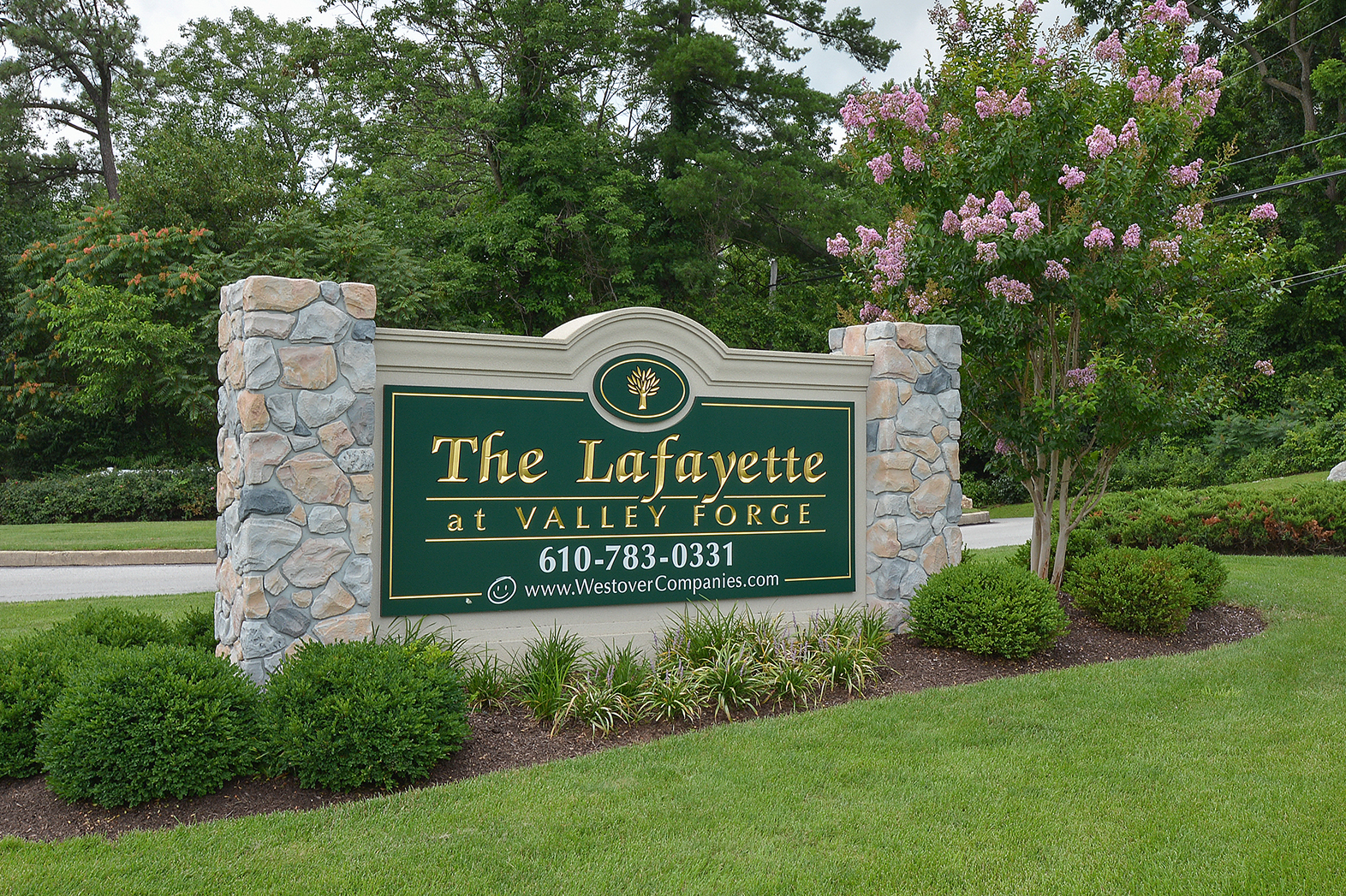 The Lafayette at Valley Forge Green Welcome Sign | King of Prussia Apartment Rentals
