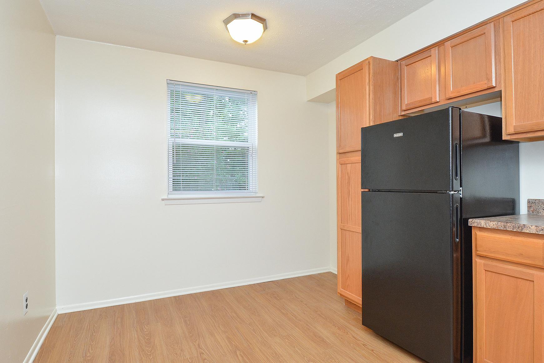 Elegant Kitchen | Apartments in Willow Grove, PA | Willow Run Apartments