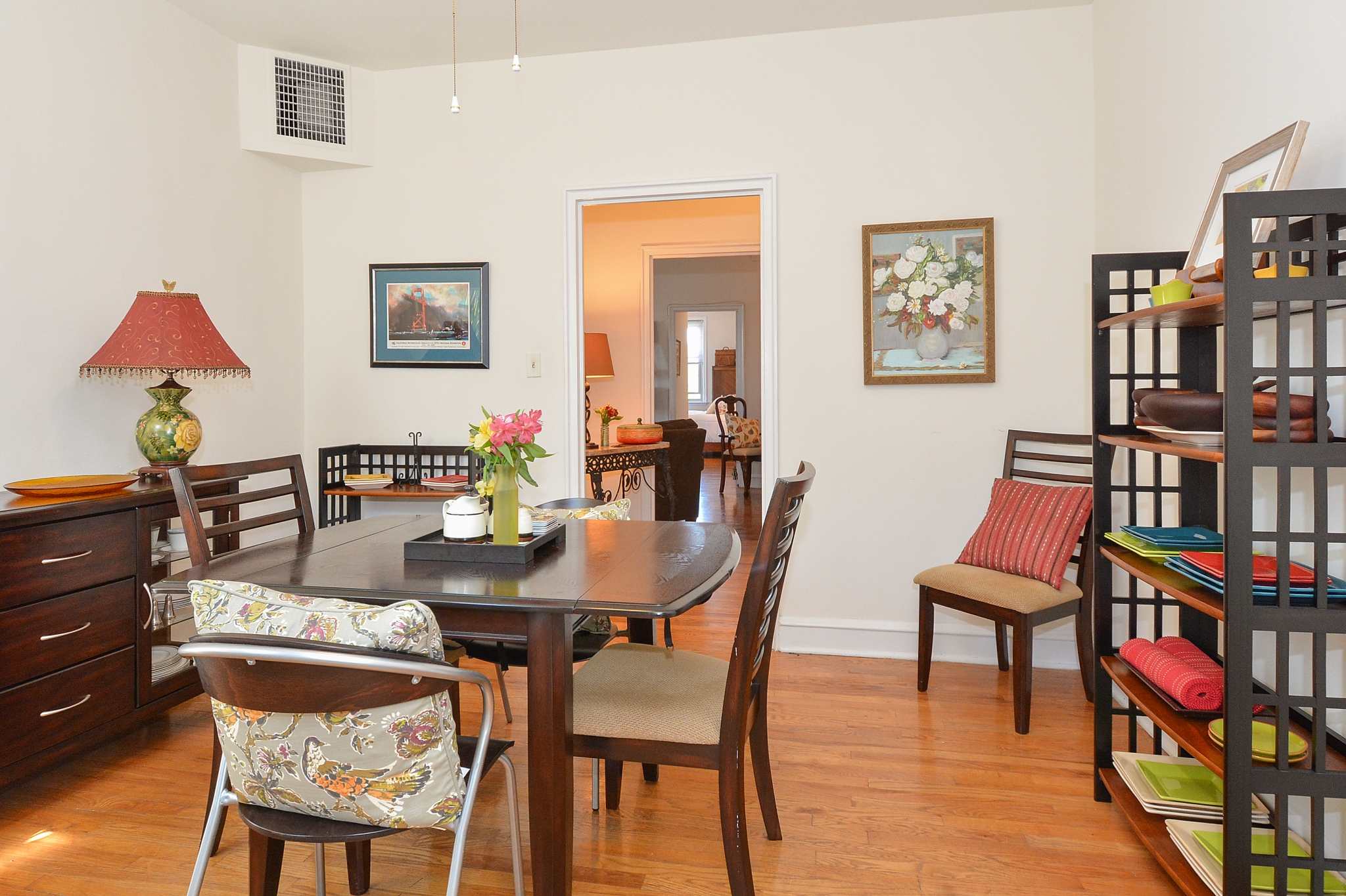 Gilpin Place Sample Dining Room with Hardwood Floors and Table and Chairs | Apartments Near Wilmington DE