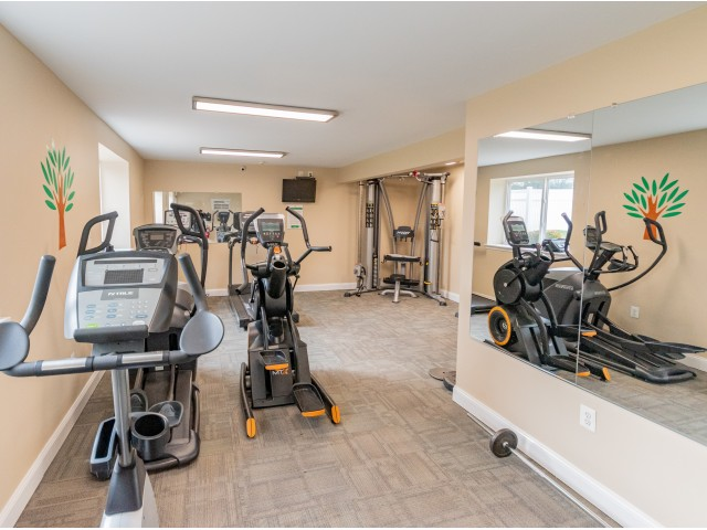 Jamestown Village Fitness Center with Cardio Machines | Willow Grove, PA Apartments