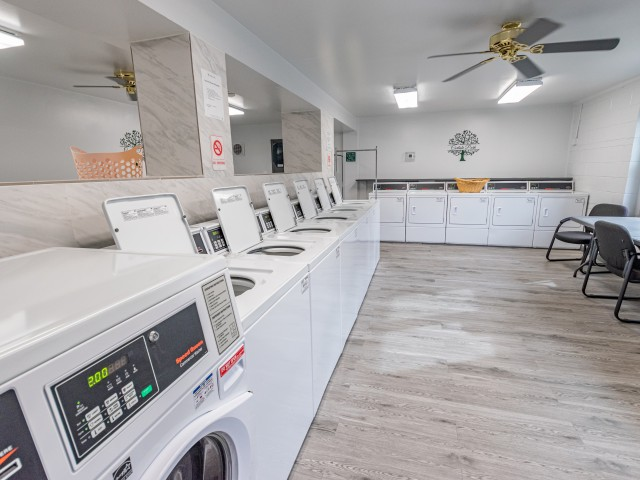 Carlisle Park Laundry Center | Apartment for Rent in Carlisle PA
