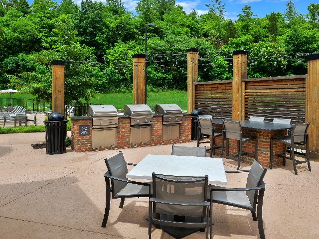 Outdoor Grilling with Bistro Seating