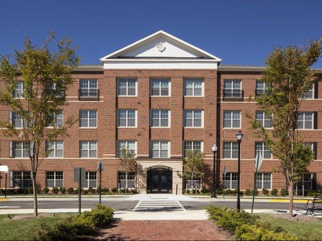 Apartments in Arlington VA The Madison at Ballston Station