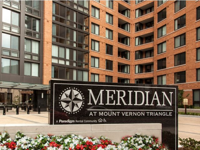 Apartments in Washington | Meridian at Mt Vernon Triangle