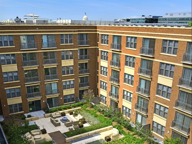 Image of Beautifully Landscaped Courtyard for 360H Street