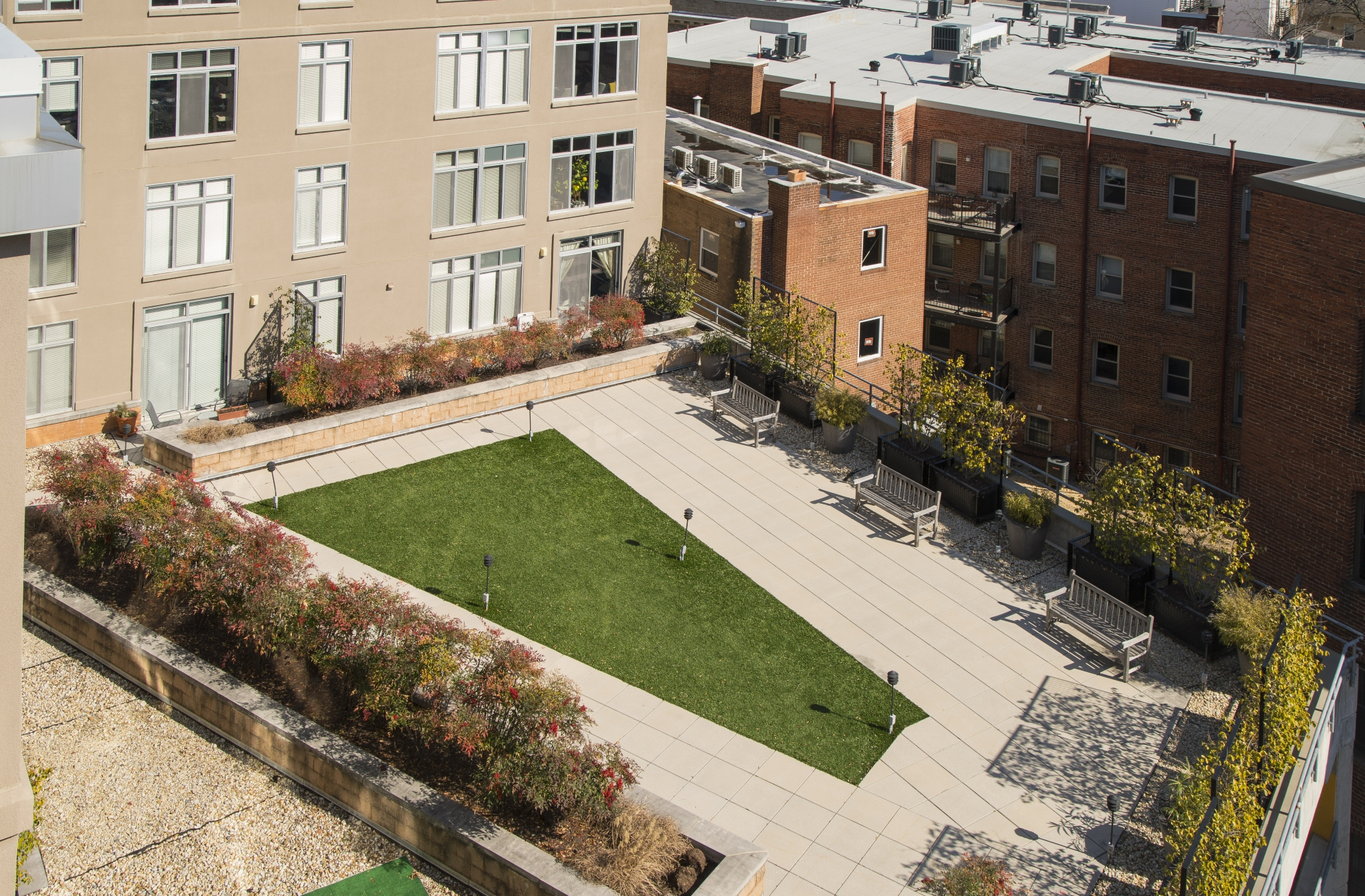 Beautifully Landscaped Grounds 1 | Apartments For Rent Washington DC | Park Triangle Apartments Lofts and Flats