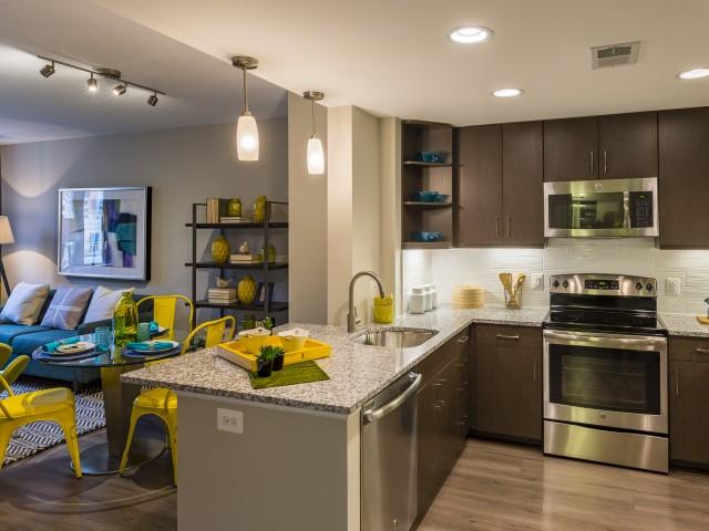 Luxury Apartments Alexandria VA | Parc Meridian at Eisenhower Station