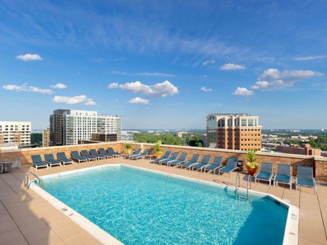 Resort Style Pool | Luxury Apartments In Arlington VA | Meridian at Ballston Commons