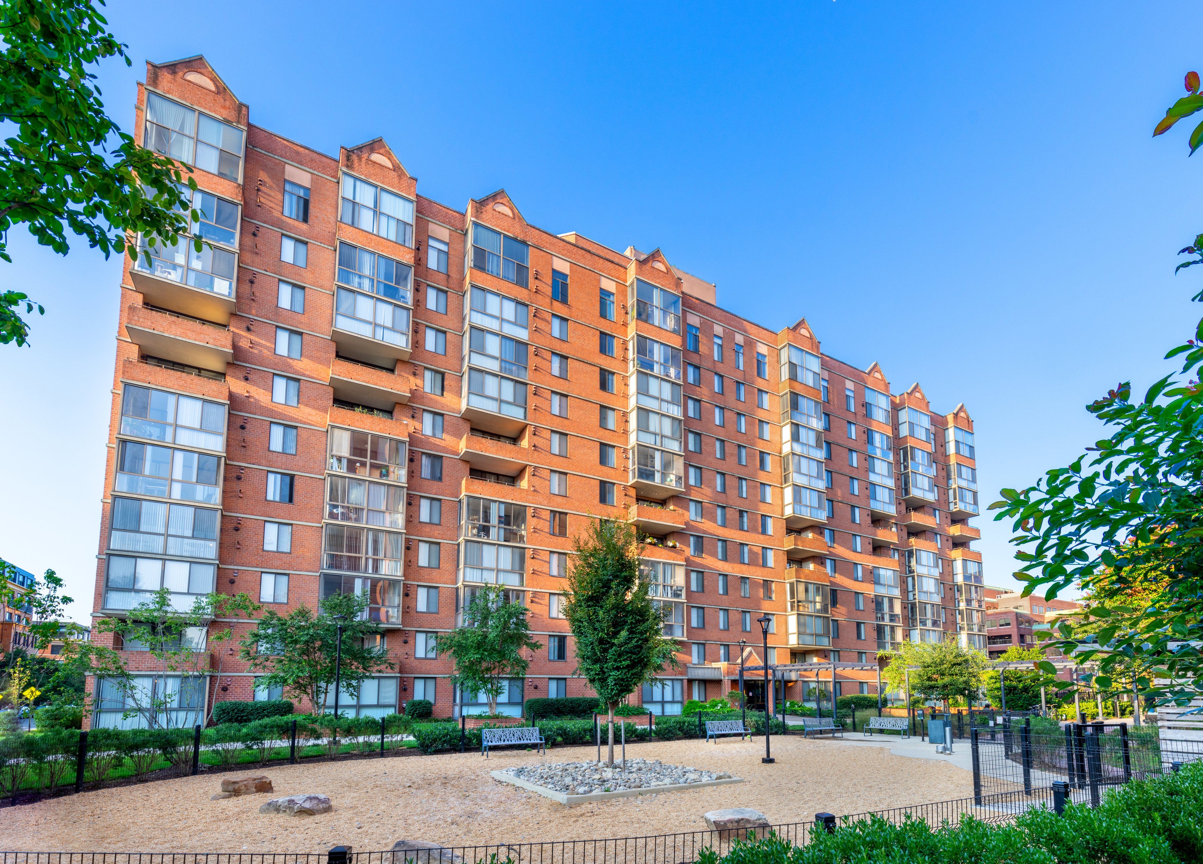 Meridian at Braddock Station Exterior and Dog Park | Meridian at Braddock Station | Luxury Alexandria VA Apartments