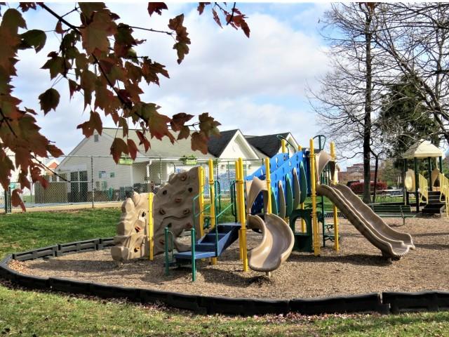 Playground   Evans Ridge Apartments   Affordable Apartments Leesburg VA