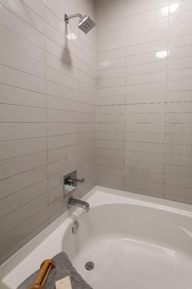 Spa Inspired Soaking Tubs | Tile Surround