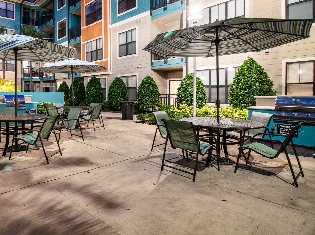 Millenia 700 Outdoor Grill and Picnic Area