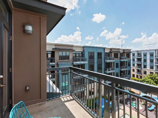 Private Patio or Balcony