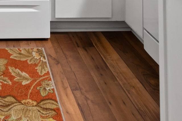 Hardwood-Style Flooring in Kitchen