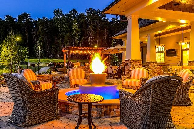 Outdoor Fireside Lounge