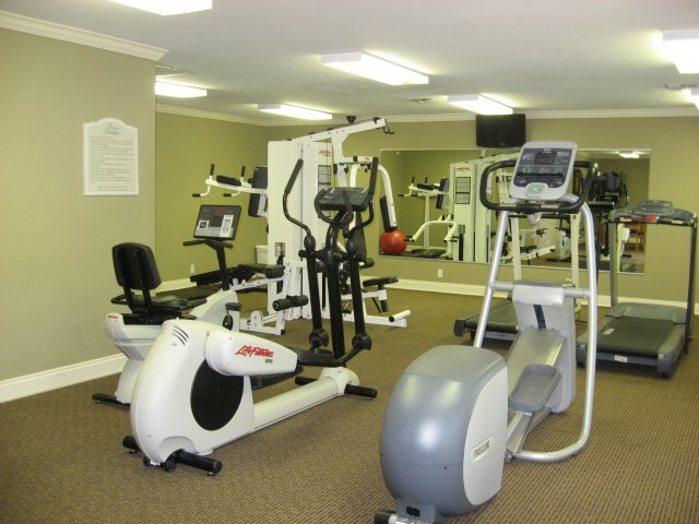 Image of Fitness Center for Bayou Shadows Apartment Homes