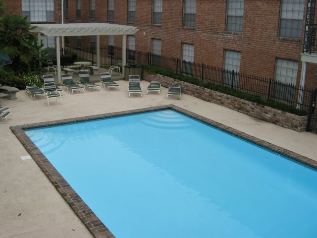 Image of 3 Swimming Pools for Chateaux Dijon Apartments
